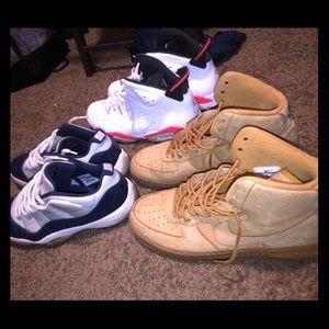 Size 13 shoes .